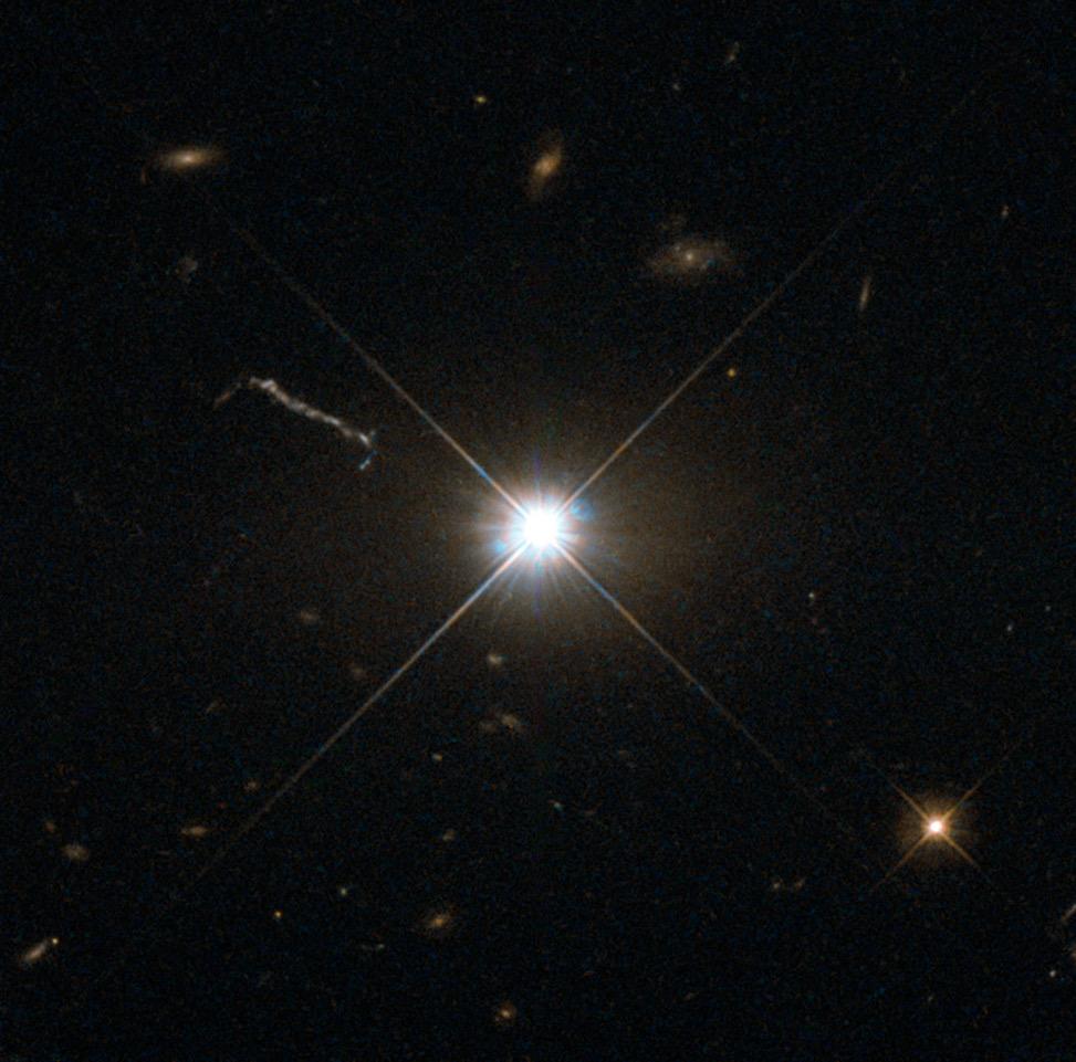 Best image of bright quasar 3C 273
